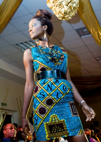 Ghana Dress Styles http://www.shout-africa.com/fashion/ghana-fashion-awards-launched-it%E2%80%99s-%E2%80%9Cfashionista%E2%80%9D/