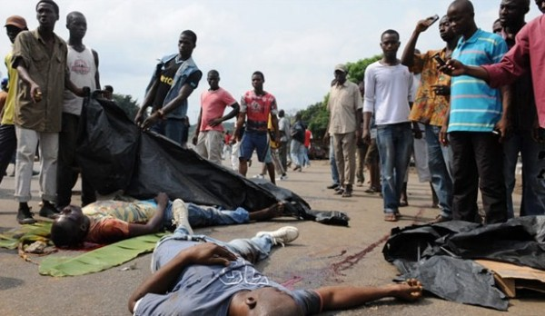 Dead people lying in the streets in Ivory Coast