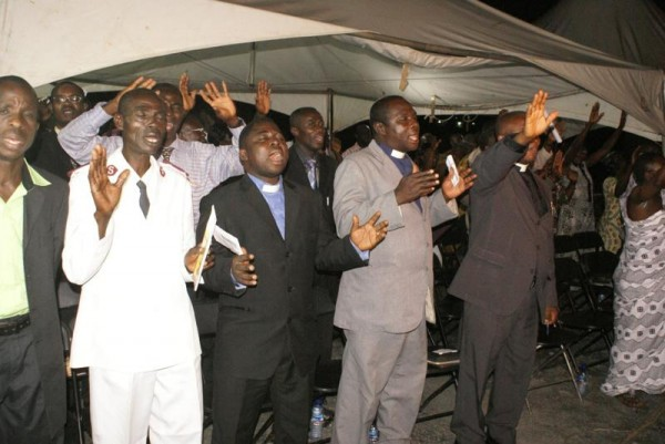 Section of Ministers at service
