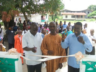 "Prayers offered before the cutting of the ribbon to dedicate Crusade ""2011"" Office, in the Kesselly Boulevard, Gardnersville-Liberia"