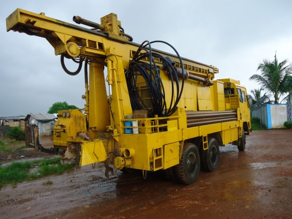 LIBERIA: aQuaLife begins drilling hand pumps for