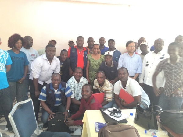 Group photo of Facilitators and participants
