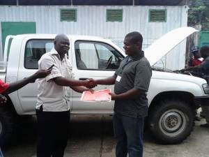 "Oxfam Liberia Turns over the vehicle to WASH R&E ""Media"" Network"