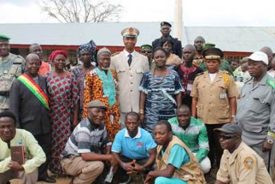 Group photo: Liberian and Guinean Delegates at the end of the meeting in Jorwah, Panta District, Bong County