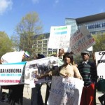 Concerned Sierra Leoneans demonstrate against President Koroma at World Bank Ebola roundtable