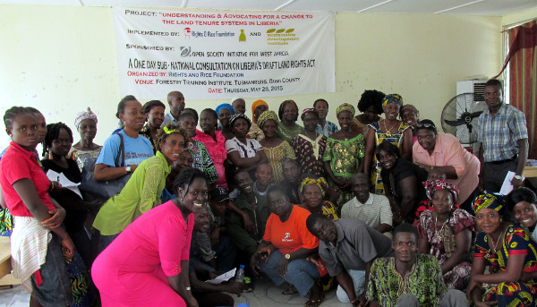 Participants mostly women that attended the Land Rights discussion