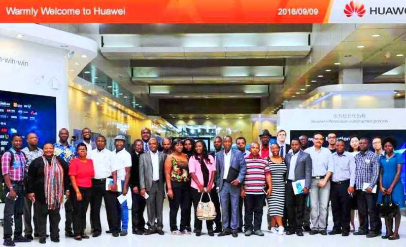 A team of African journalists when they visited Huawei headquarters