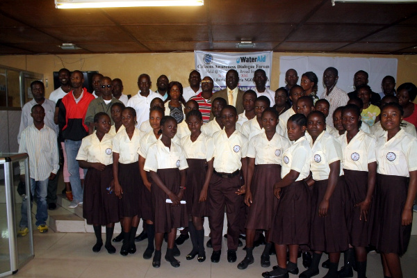 Students of GW Gibson Posting with LINNK Staff at the Citizens Awareness Dialogue