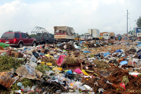 Jacob Town in Paynesville garbage overtaking the Somalia Drive