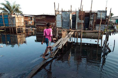 Risk children take to access public toilets in Monrovia slum